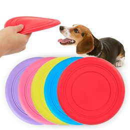 silicone dogs NZ - Environmentally Resistant Bitter Silicone Pet Petrol Board Training Dog Dog Silicone Flying Saucer 18cm Pet Toys Wholesale