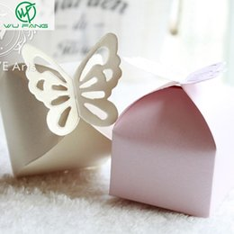 Diy Party Favors Gift Boxes Pas Cher-50Pcs Butterfly Candy Box DIY Folding Party Wedding boda Décoration Cadeau Papier Favors Boîtes Blanc / Rose pour mariage Décoration