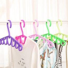 clothes hangers shapes NZ - 39cm Non-slip PP Hangers 7 Hearts Shape for Tops Coats Scarf Ties Accessories Plastic Hanger Racks Storage Closet