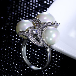 $enCountryForm.capitalKeyWord Canada - New Latest design ring white pearl Ring Trendy Birthday gift With High quality crystal CZ Nice Ring