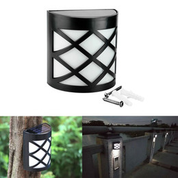 Wholesale 6 LED Solar Powered Outdoor Path Light Yard Fence Gutter Garden Wall Lamp Wireless LED Solar Sensor Light Wall Garden Fence Lamp