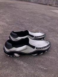Novo 2017 AW Cinza Dos Homens Do Vintage mocassins sapatos de couro genuíno Flats de couro reais sapatos casuais tamanho 38-44 venda por atacado