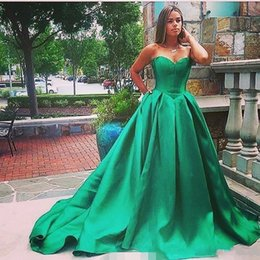 Barato Barato Longa Cetim Robes-Sweetheart Ball Gown Prom Dresses Long baratos 2017 Vestidos de festa formal Evening Evening formal Vestido Turco de soiree longue