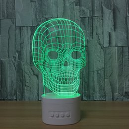 card figures NZ - 3D Skull LED Lamp Speaker 5 RGB Lights USB Charging Bluetooth Speaker TF Card Wholesale Dropshipping