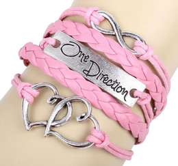 25 Silver Set UK - Free shipping handmade Fashion Charms Leather Bracelets hearts are linked together Bangles multilayer Bracelets party dress jewelry 25