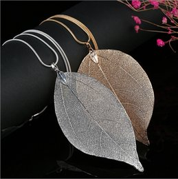 Unique Women Fashion Jewelry Leaves Leaf Sweater Pendant Long Chain Necklace For Mon Girlfriend Birthday Gift