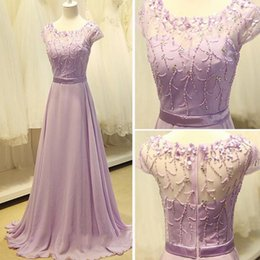 Robe En Cristal À Perles Courtes Pas Cher-Superbe robe de bal Lilac A Line Cheap Modest Evening Party Gowns Sheer Neck Couté à manches courtes en perles en mousseline de soie en mousseline de soie