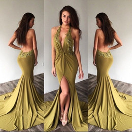 Barato Halter Neck Dress Split-2017 Hot Halter Neck Prom Dresses Sheath Sexy Backless Split Evening Dress Appliqued Plunging V Neck Long Train Party Holiday Vestidos