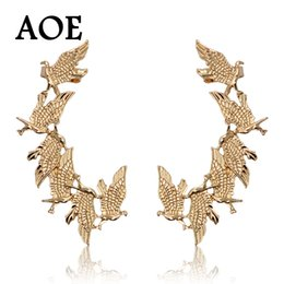 $enCountryForm.capitalKeyWord Canada - New Design 2017 Fashion Vintage Punk Animal Eagle Clip Earrings For Women Gold Pated Ear Cuff Earrings Jewelry Gift