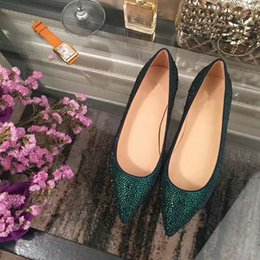 Barato Casamento Diamantes-2017 Moda Estilo Red Bottom Genuine Leather Big Bottom Shoes Verde Crystal Diamonds Flat Heel Shoes Rhinestone Fashion Wedding Party Shoes