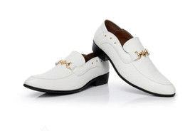Style Wedding Dresses For Men Canada - New British Style Fashion Business Men's Leather Shoes High Quality Loafers for Men Leather Flats Office Dress Wedding Party Shoes GX72