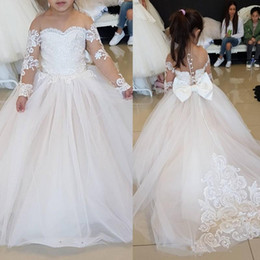 $enCountryForm.capitalKeyWord NZ - Sheer Jewel Long Sleeves Flower Girls Dresses Princess Lace Applique Little Kids First Communion Dress Simple White A-line Pageant Gowns