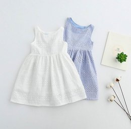 Barato Sundresses De Algodão De Verão-Summer New Baby Girls Dresses Bow Hollow Out Princess Vestido Cotton Sundress Children Clothes 2-6 Years 16356