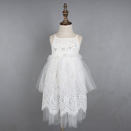 Barato Vestido De Bebê Bordado Branco-New Baby Girls Tutu Vestido de renda de cristal bordado Ruffles White Fashion Holiday Party Dress