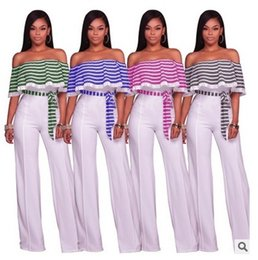 Barato Calça De Ruffle Larga-Mulheres Pleated Stripe Ruffles Jumpsuit Sexy Off Shoulder Wide Leg Long Pants Sexy Clubwear Bodycon Party Playsuit Slash Neck Sashes Romper