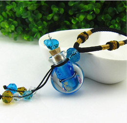 Vintage Small Bottles NZ - Glass essential oil diffuser locket necklaces flowers small vial pendant aromatherapy pendant vintage perfume bottle pendant necklaces