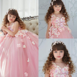 $enCountryForm.capitalKeyWord Canada - Pink Flower Girl Dresses For Wedding Applique Jewel Neck Sleeveless Girls 3D Floral Applique Party Wears Floor Length Pageant Ball Gowns