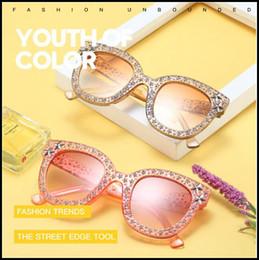 660818bba4 7 Colores Retro Star Accesorio Gafas de Sol Mujeres Cristal Cuadrado Gafas  de Sol Espejo Retro Estrella Llena Gafas de Sol Tonos Femeninos CCA9232  10pcs