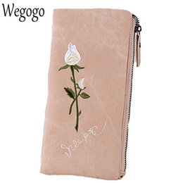 $enCountryForm.capitalKeyWord Canada - New Arrive Vintage Women Day Clutch Ladies Embroidery Roses Long Wallets Girls Purse Card Holder Mujer Soft Leather Coin Bag
