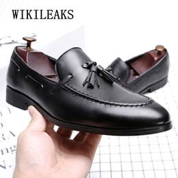 796b61e6b7 zapatos oxford italianos para hombre diseñador formal para hombre zapatos  de vestir de cuero negro de lujo fiesta de la boda hombres borlas pisos  mocasines