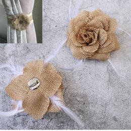 Wholesale Flax Rose Flower Feather Brooch Corsage Hair Clip Women Wedding Ceremony Ornamental Party Hairpin Party Supplies Home Curtain Decor AAA925
