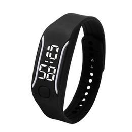 8a190345c046 Silicona LED Relojes Deportivos Digitales Caucho Correr Reloj Fecha Hora Hombres  Mujeres Unisex Pulsera Relojes de Pulsera Precio Barato E2