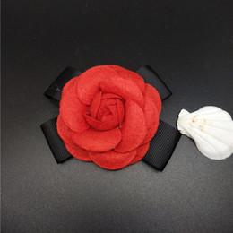 wholesale costume brooches NZ - Fashion Women Quality Faux Wool Fabric Camellia Flower Bowknot Brooches Handmade Costume Accessories Big Brooches for Ladies