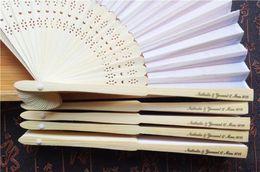 Toptan satış 50 Adet Kişiselleştirilmiş Konuk Çin Katlanır El Fan El Katlama Hayranları Düğün Eşyalar Özelleştirilmiş Baskı Kağıt Fan