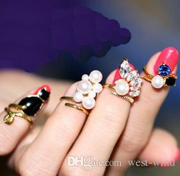 Christmas Gift Nails Australia - Fashion Beauty 4pcs Lots Nail Art Charms Bowknot Crown Crystal Nail Decoration Nail Finger Rings For Women Girls Christmas Gift D837LR