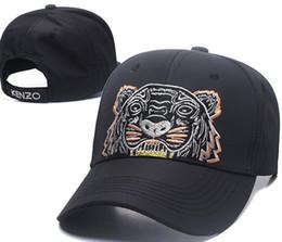 4c27d2c09c76a 2018 diseñador para hombre gorras de béisbol nueva marca Tiger Head  sombreros de oro bordado hueso