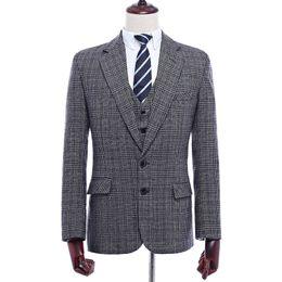 2019 hecho a medida para hombre traje de lana Gris Tweed tradicional Retro  estilo británico sastre boda slim fit Blazer trajes para hombres 3 unidades 6aa725d5d45