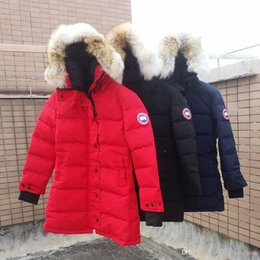 Wholesale Women s White GOOSE Down Warm Outdoor Sports Down Jacket Woman s High Quality Winter Cold Outdoor Ski Park Coat and wolf fur coat