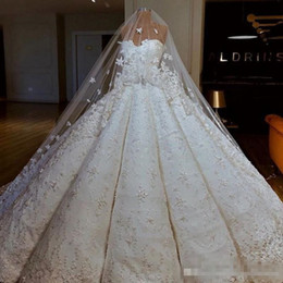 $enCountryForm.capitalKeyWord Australia - Luxury Wedding Dresses With Matching Veil Sexy Sweetheart Lace Appliques A Line Bridal Gowns Ruched Sweep Train Heavy Wedding Vestidos