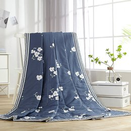 Light Green Comforters Canada - Tropical Plant Printed cotton Air Condition Summer blue Quilt Comforter Twin Queen Blankets for Adults Patchwork Bed Covers