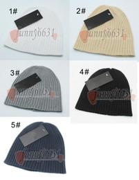 f19b3db0b65ab Winter Beret Hats Men Canada - winter man woolen hat berets woman caps  autumn warm hats