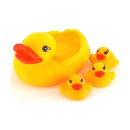 Chinese  Hot Selling New Arrival Cute Colorful Baby Kids Soft Rubber Duck Dog Animals With Sound Baby Bathroom Squeaky Sound Toy manufacturers