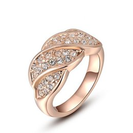 Rose Ring Austria UK - Fashion summer jewelry ring rose gold gold inlaid austria crystal female ring four ring luxury jewelry wholesale