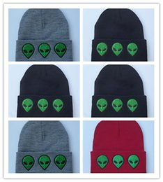 $enCountryForm.capitalKeyWord Australia - Wholesale Casual Women Winter Hats Warm Beanies Hats Alien Figure Embroidery Knit Hat Cotton Skullies Cap Accessories