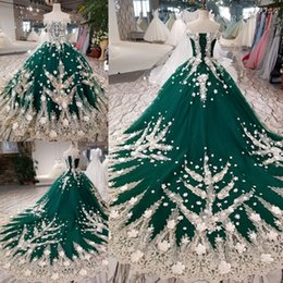 Photo Beads Canada - Luxury Green Champagne Off Shoulder Applique Train Beads Ball Gown Wedding Dresses Bridal Gown Events Dresses Size 6 8 10 12 W227013