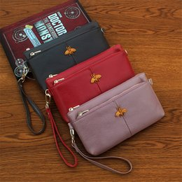 Cowhide ClutCh phone online shopping - 2018 New Clutch Designer Wallet Genuine Leather Little Bee Explosion Purse Lady Luxury Wallet Simple Mobile Phone Credit Card Wallet