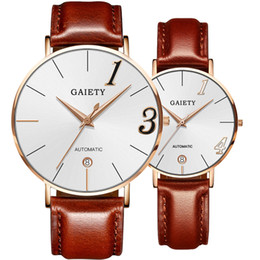 Glasses Straps NZ - New Relogio Couple Watches Fashion Stylish Spire Glass Leather Strap Line Quartz Watch Men's Watches Women's Watch Gifts pt4