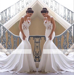 2017 wedding dresses 2019 Spaghetti Straps Lace Mermaid Wedding Dresses Satin Lace Applique Sweep Train Wedding Bridal Gowns BC0190