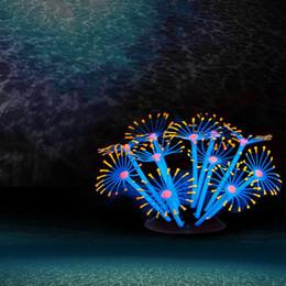 Ingrosso Fluorescent Gel di silice Coralli Soft Sucker Base Silicone Piuma Corallo Simulazione Acquario Fish Tank Paesaggio Ornamento Luminoso 9 5wt BB