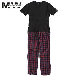 ff8804baad5ed mrwonder Мужские пижамы лето с длинным рукавом главная одежда тонкий хлопок  плед пижамы мужчины гостиная пижамы наборы плюс размер сна одежда SAN0