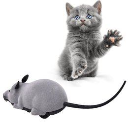 pet mice toys Canada - Cat Toy Wireless Remote Control Mouse Electronic RC Mice Toy Pets Cat Toy Mouse For kids toys