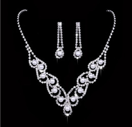 c5edb9a6700 Pearls swarovski online shopping - Elegant Hollowed out lace wedding  Necklace Earring suit Made with Swarovski