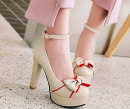 Christmas Tables Canada - Free send Hot 2018 high heel shoes Coarse heel waterproof table spring woman shoes bowknot Single shoes
