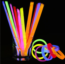 Wholesale 15 mm Multi Color Glow Fluorescence Light Sticks Night Club Activity Party Bar Disco Cheer Christmas Halloween Toys
