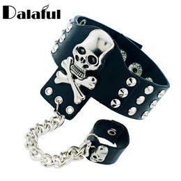 $enCountryForm.capitalKeyWord NZ - Gothic Skeleton Skull Chain Link Rock Rivet Cuff Black Leather Punk Bangle Bracelet S054