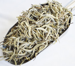 China 2018 100g Baihao Yingzhen White Tea Grade Baihaoyinzhen Silver Needle Tea For Weight Loose Chinese Natural Organic food cheap weight silver suppliers